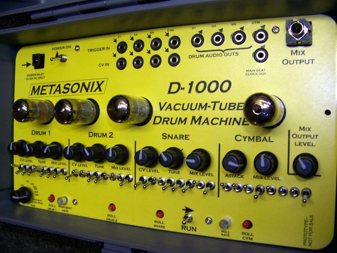 metasonix d 1000 a drum machine made with vacuum tubes. Black Bedroom Furniture Sets. Home Design Ideas