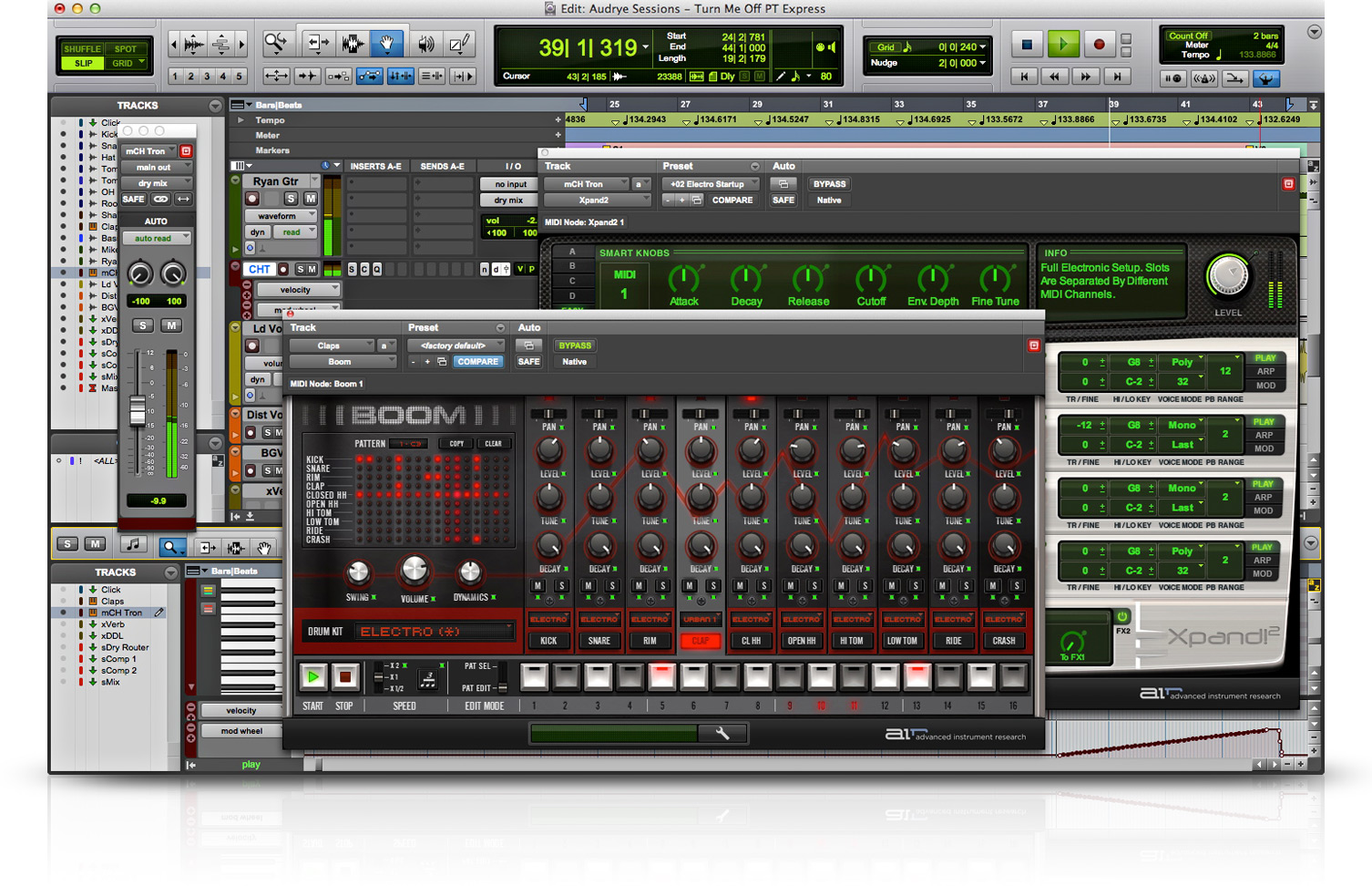 Avid mbox mbox mini bundled with pro tools express software for Music studio design software
