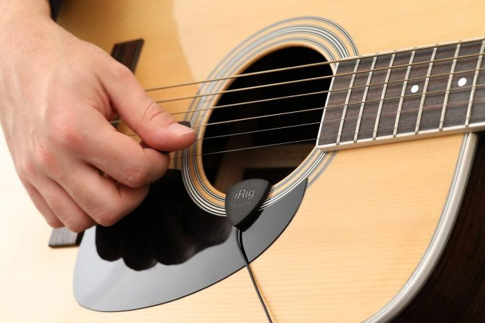IK Multimedia iRig Acoustic guitar