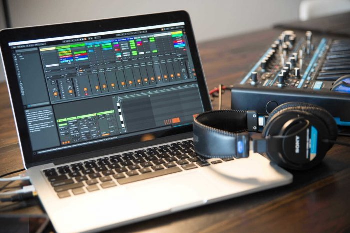 Reverb SYNC Ableton Live Starter Kit screen