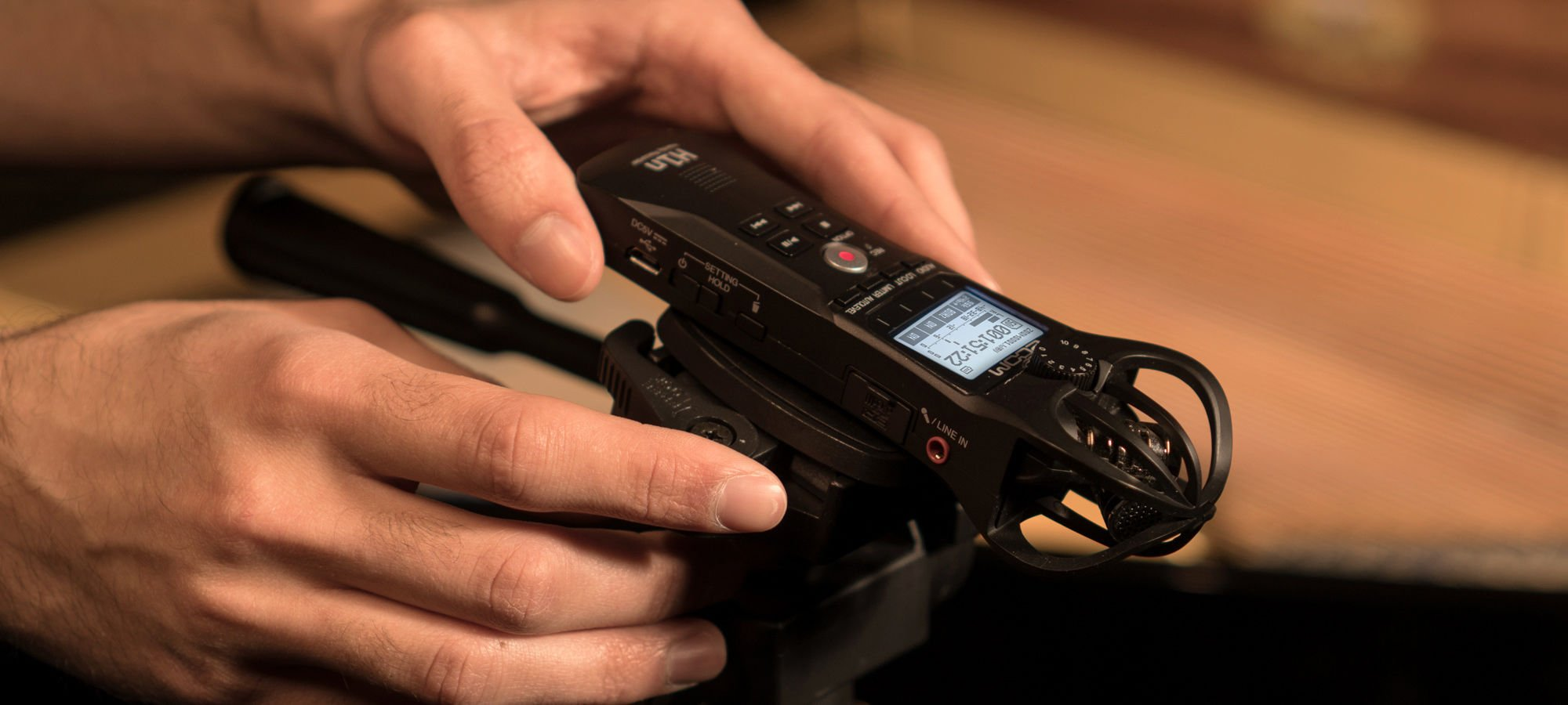 Zoom Launches H1n Compact Versatile Audio Recorder